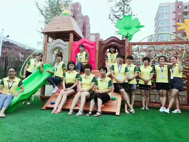 安丘国际幼儿园团队活动
