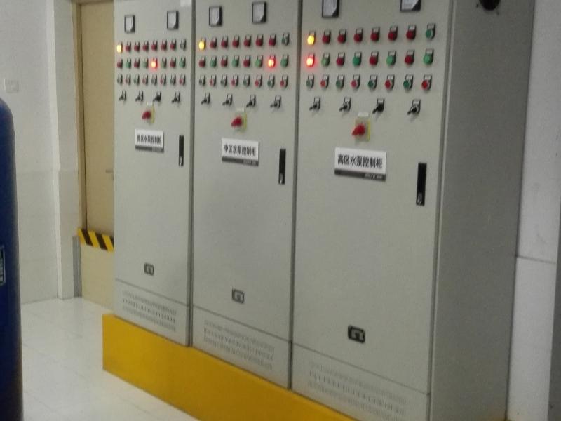 水泵房控〓制柜