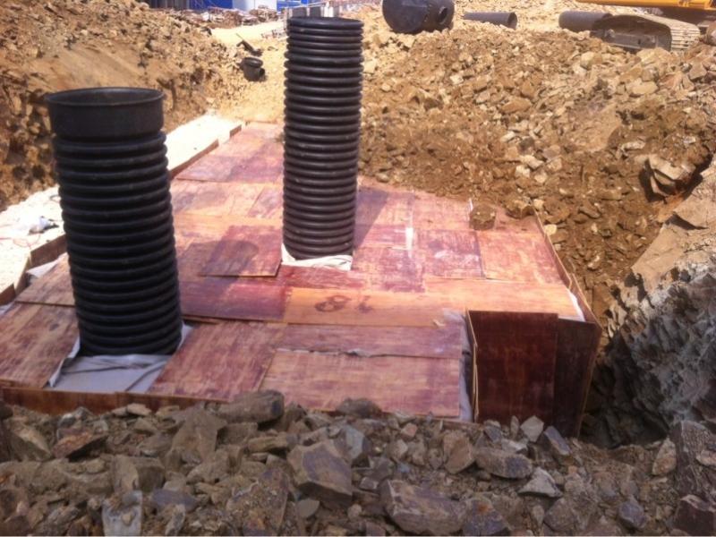 雨水收集池回填