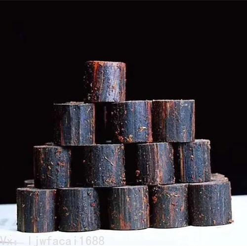 奇楠沉香達到沉水級別油脂的沉香料子