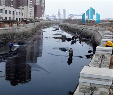 城镇护城河清淤整治