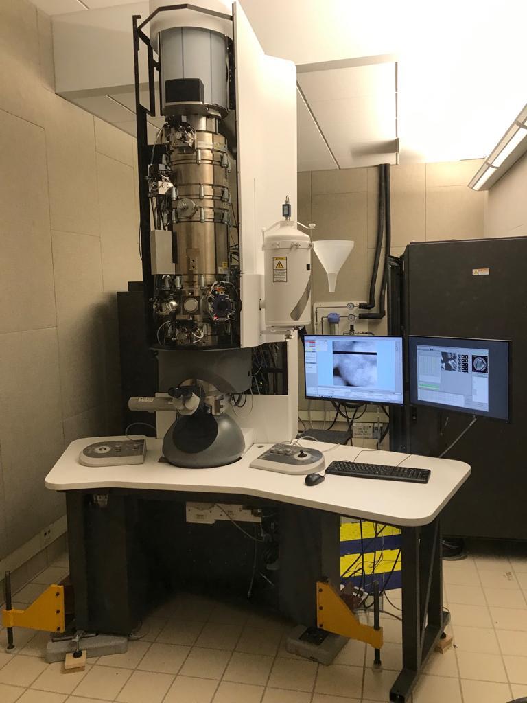 FEI透射电子显微镜主动隔振台.jpg