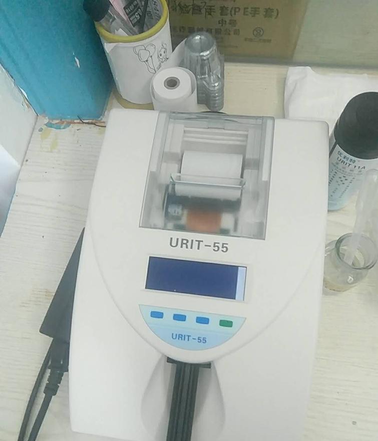 尿液分析仪.jpg