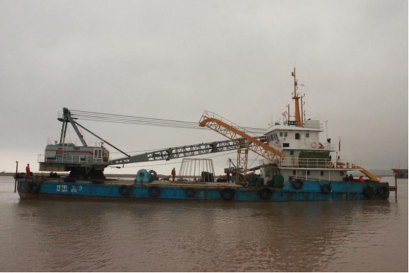 海缆抢修船、抓斗式挖泥船
