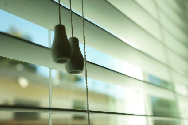 玻璃百葉窗