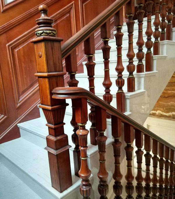 合肥实木楼梯定制案例